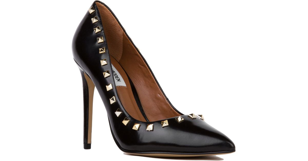 14691fd9635 Lyst - Steve Madden Proto Pointed Toe Studded Pumps - Black gold in Black