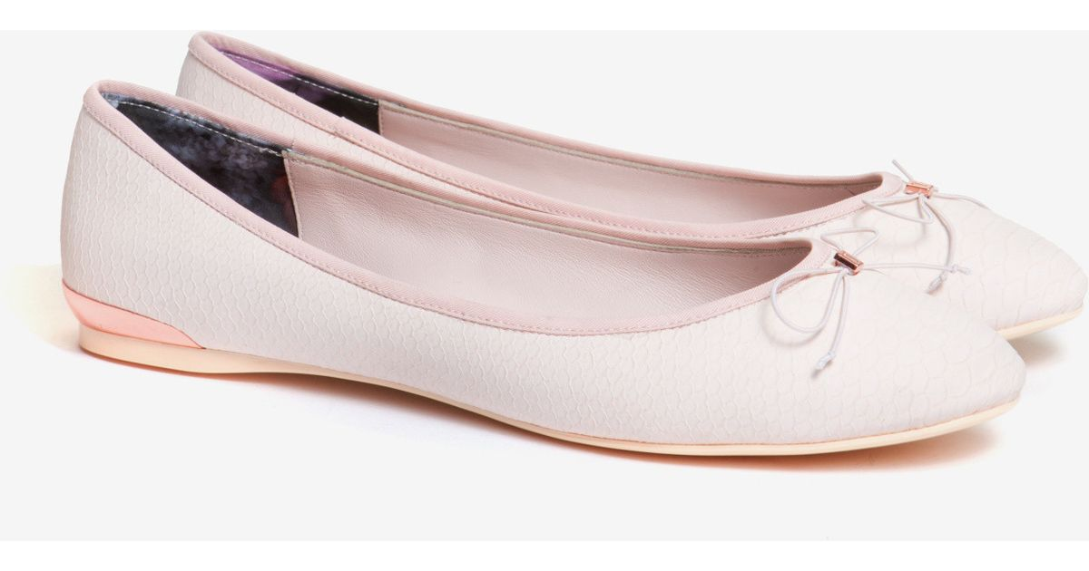 279105ed1d3a2d Lyst - Ted Baker Ballet Pumps in Pink