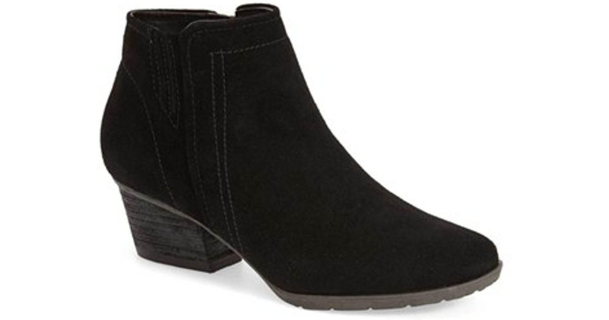 Blondo Valli Water Resistant Suede Ankle Boots In Black