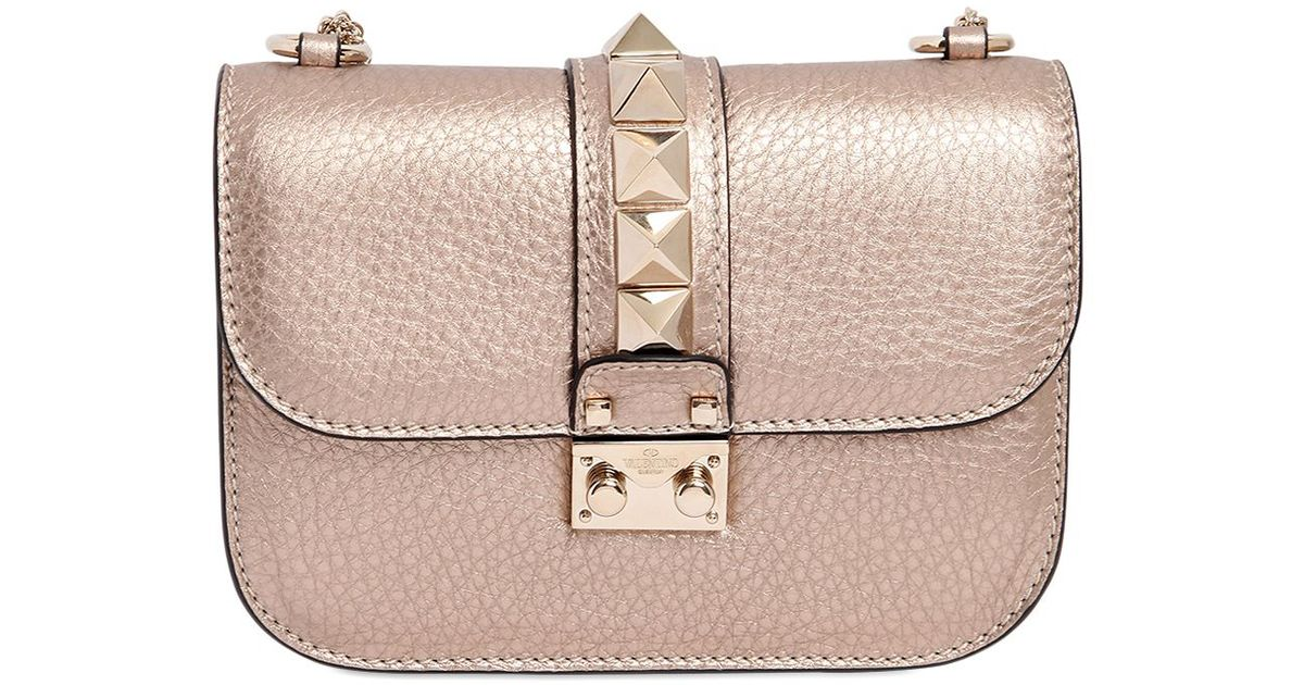374a6ca84b6 Valentino Small Lock Metallic Leather Shoulder Bag in Pink - Lyst