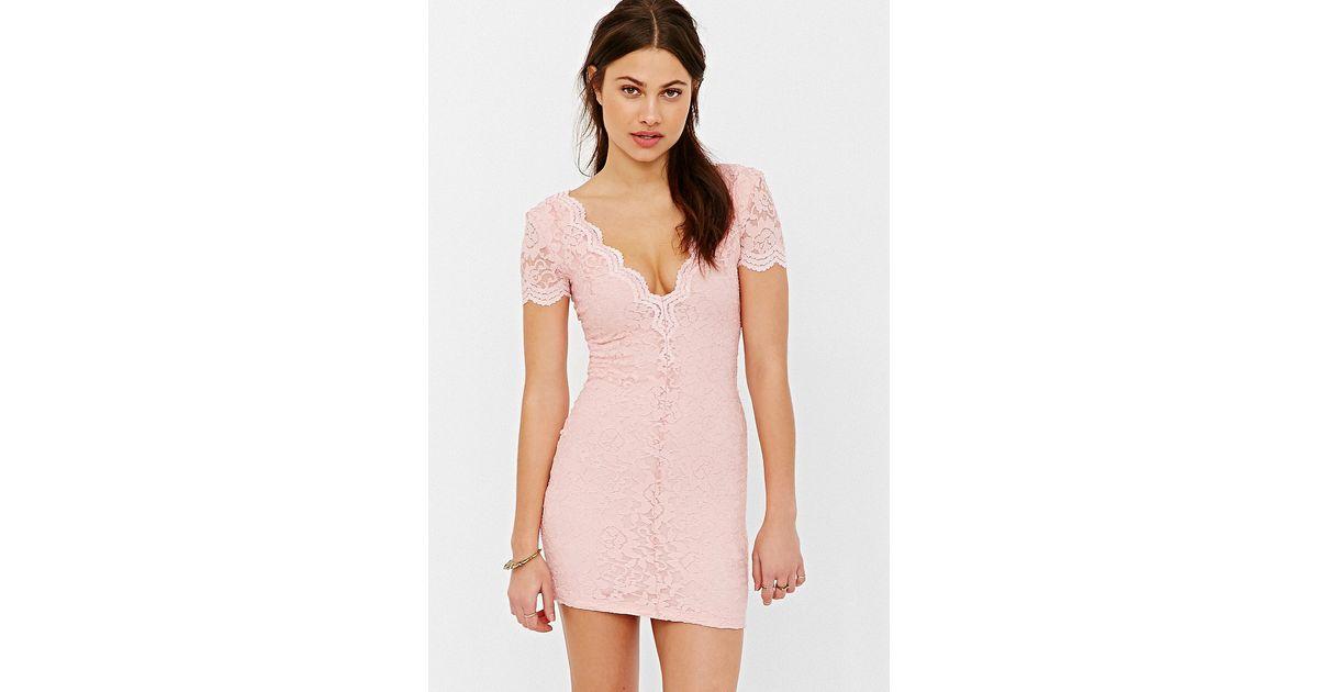 92e5aed6e5d2 Lyst - Kimchi Blue Scallop Lace Bodycon Dress in Pink