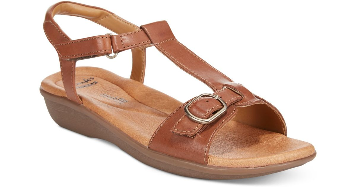 Clarks Collection Women S Manilla Lift Flat Sandals In
