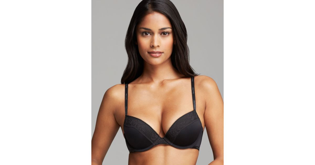 3be7f604f61c4 Lyst - Calvin Klein Bra Modern Signature Flirty Molded Push Up in Black