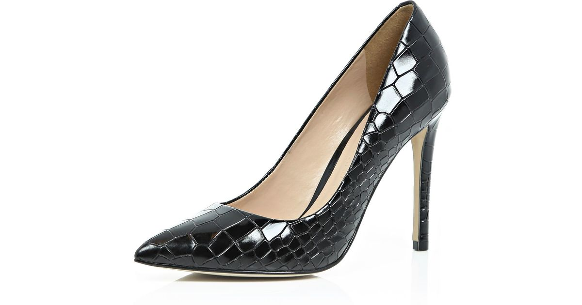 29a220d3a7db Lyst River Island Black Patent Leather Croc Court Shoes In