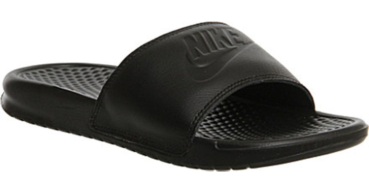 cd778197a253 Nike Benassi Pool Slider Sandals - For Women in Black - Lyst
