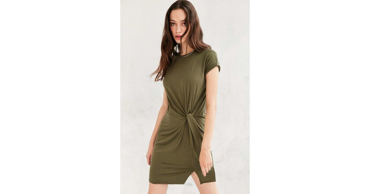 66fa586debf Silence + Noise Side Knot T-shirt Dress in Green - Lyst