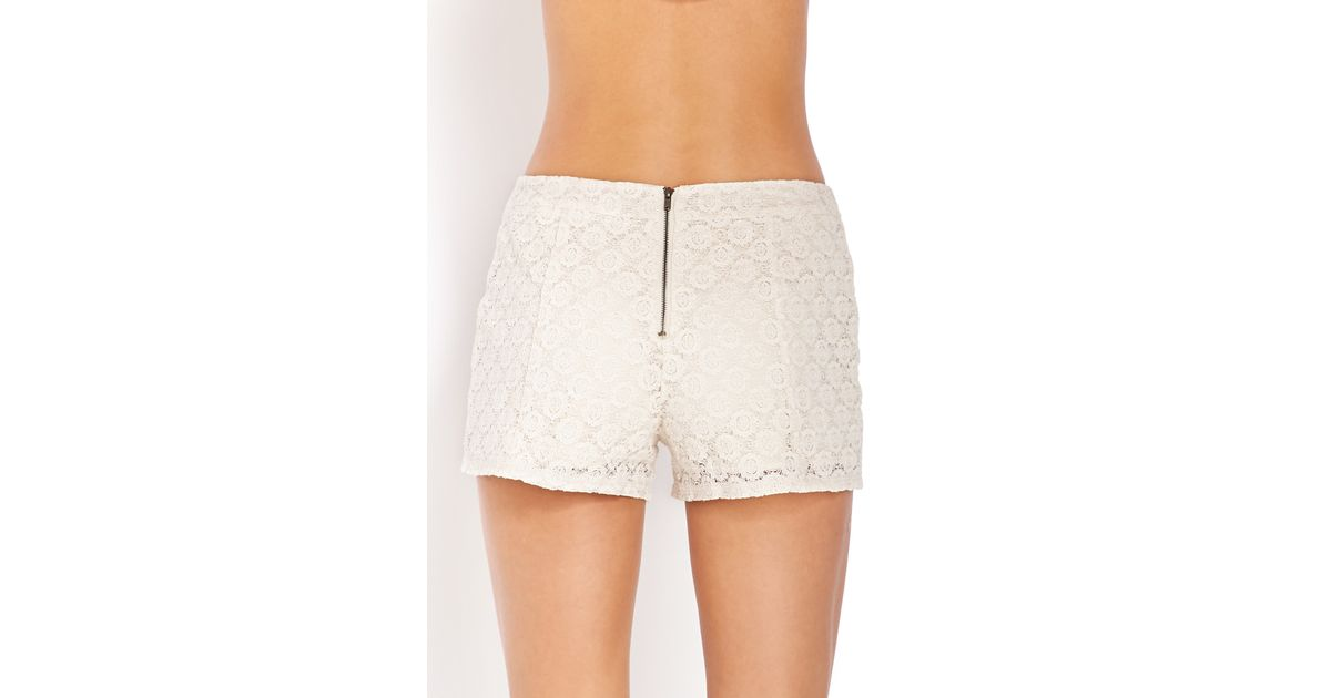 Forever 21 High-waisted Crochet Shorts in Natural | Lyst