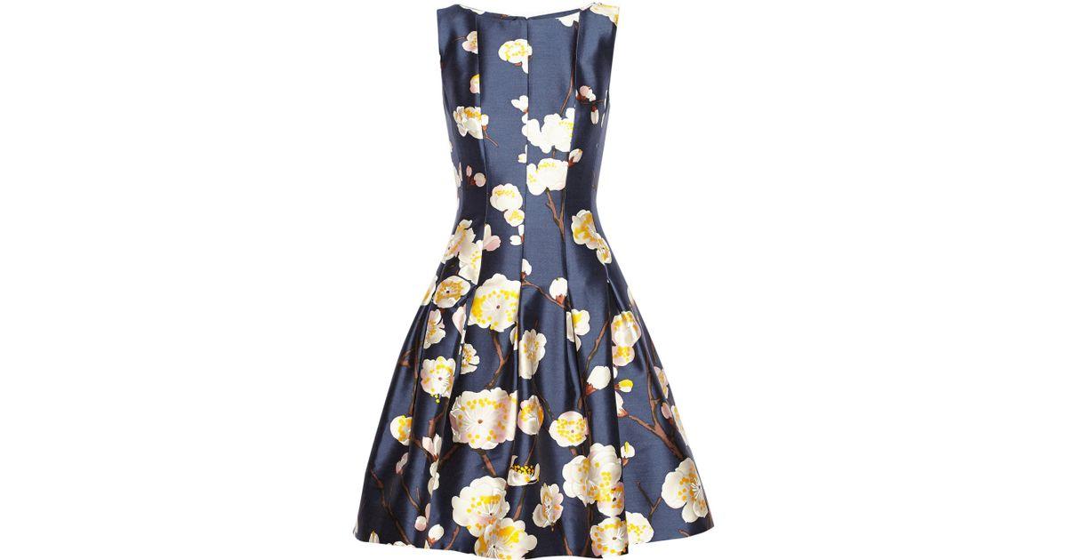 7e5a18941f49b Lyst - Oscar de la Renta Floral-Print Silk And Wool-Blend Satin Dress in  Blue