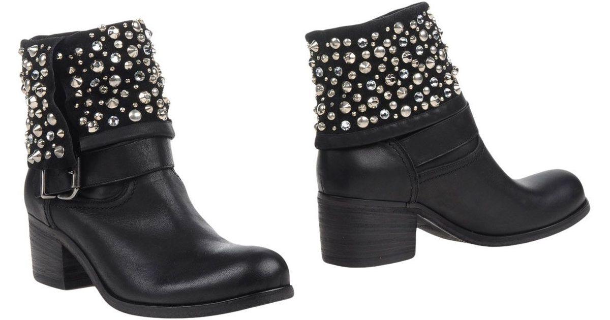 strategia ankle boots in silver black lyst