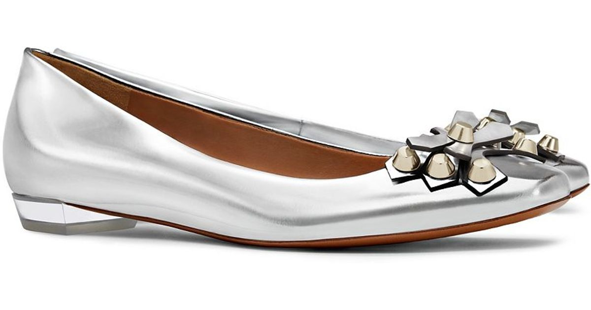 ad54668f8ce Lyst - Tory Burch Aurora Leather Ballet Flats in Metallic