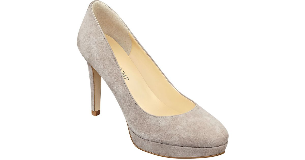 Ivanka trump Kimo Suede Pumps in Natural | Lyst