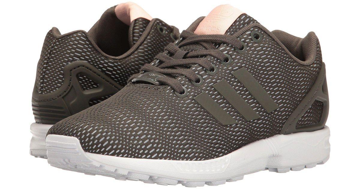 lyst adidas originali zx flusso 3 in grigio.