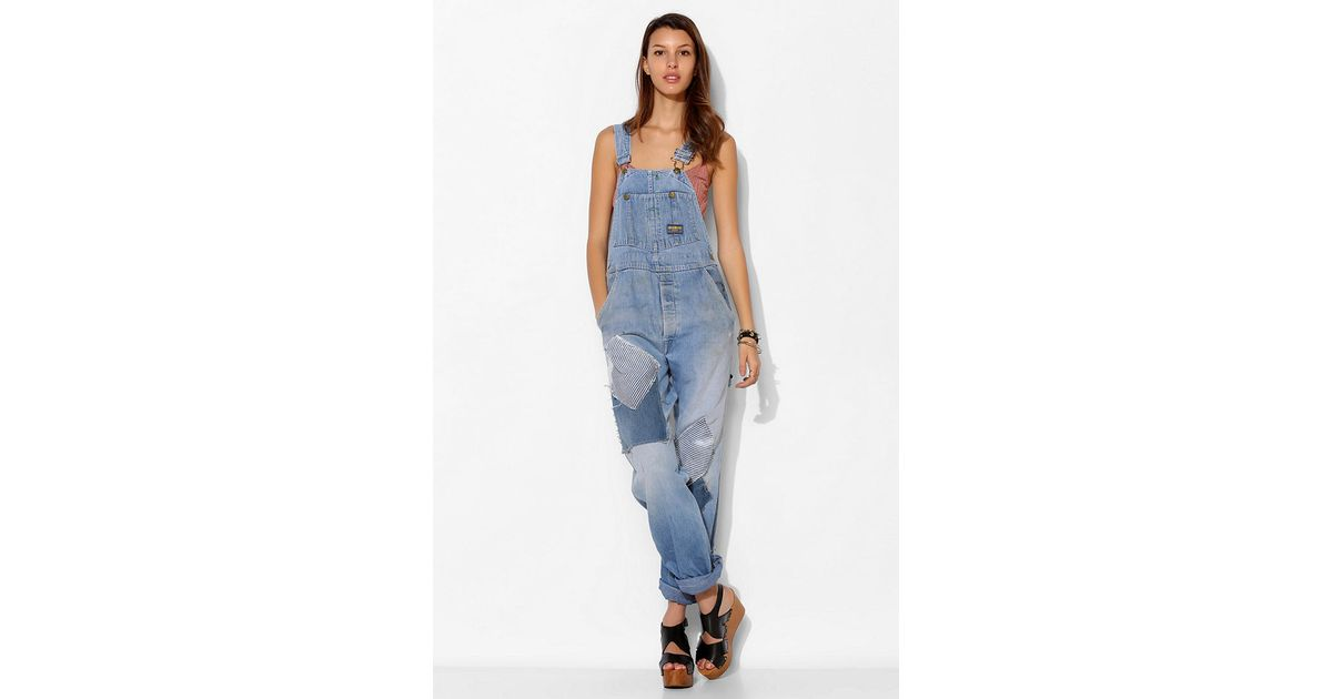 e888816d643b Lyst - Urban Outfitters Urban Renewal Repaired Denim Overall in Blue