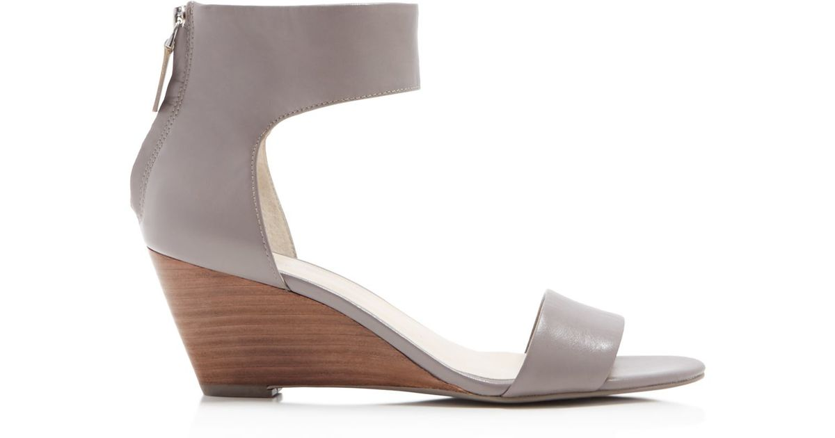 a2c1fb423fe Kenneth Cole Danielle Wedge Sandals in Gray - Lyst