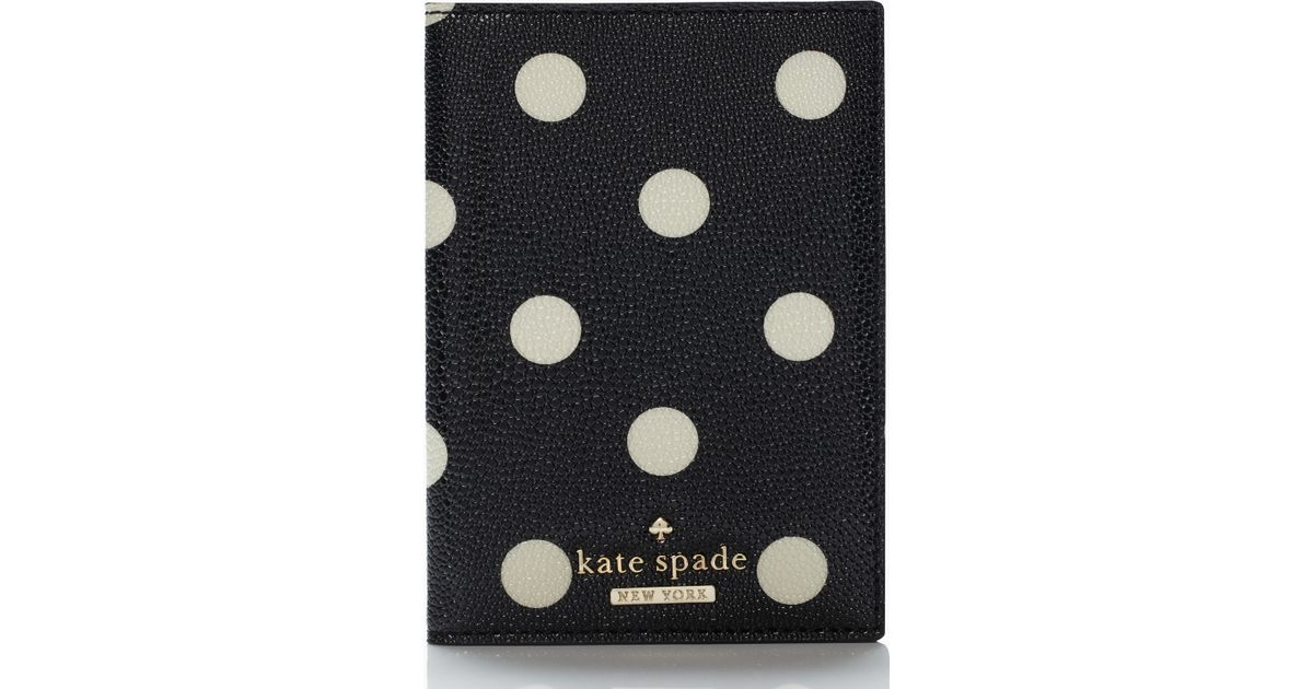 8de6ae6e08f3 Kate Spade Cedar Street Dot Passport Holder in Black - Lyst