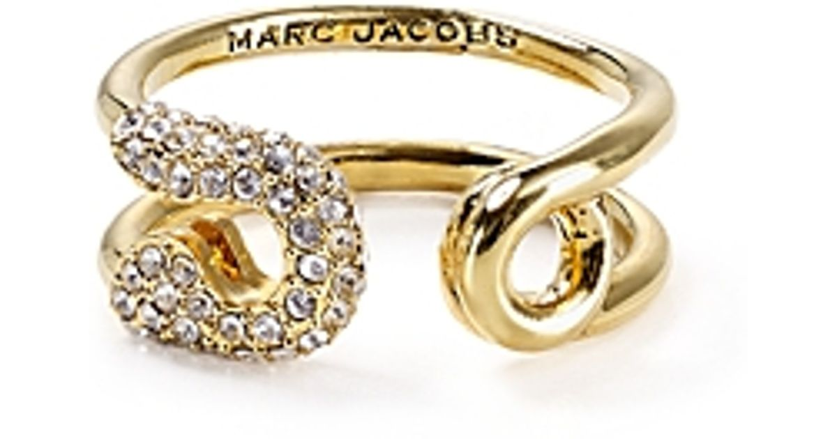 a67b7f6ad Marc Jacobs Swarovski Crystal Pavé Safety Pin Ring in Metallic - Lyst