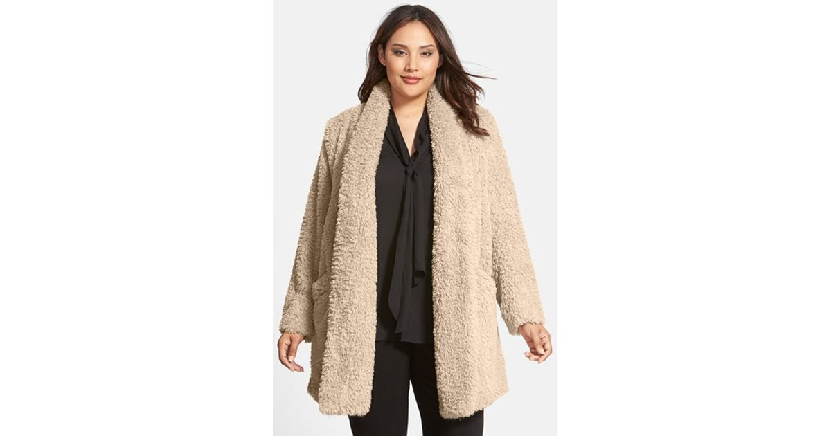 Kenneth Cole Teddy Bear Faux Fur Clutch Coat In Beige