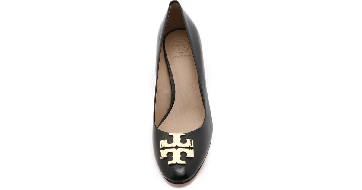 8298ce8ea Lyst - Tory Burch Raleigh Wedges - Black gold in Black