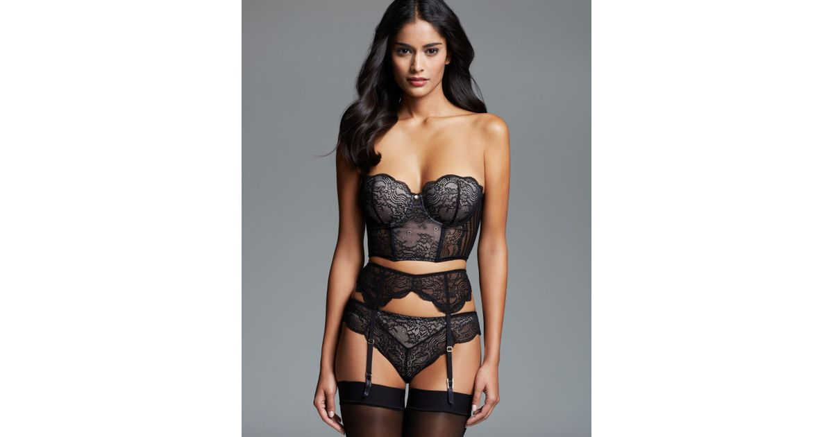 Are not corset lingerie strapless
