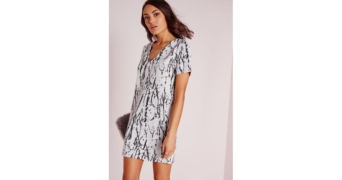 3683caa9f5f4 Missguided Plunge Short Sleeve Knitted Shift Dress White black Marble in  Black - Lyst