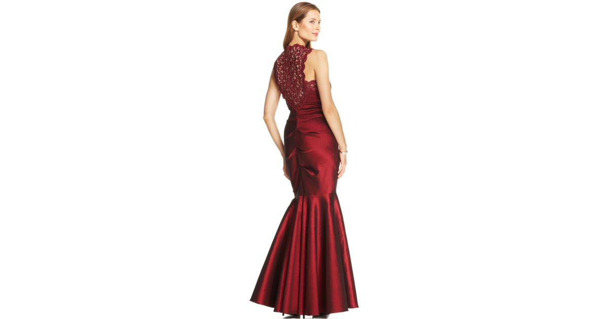 be8a63ea7238 Xscape Petite Sleeveless Glitter Lace Mermaid Gown in Red - Lyst