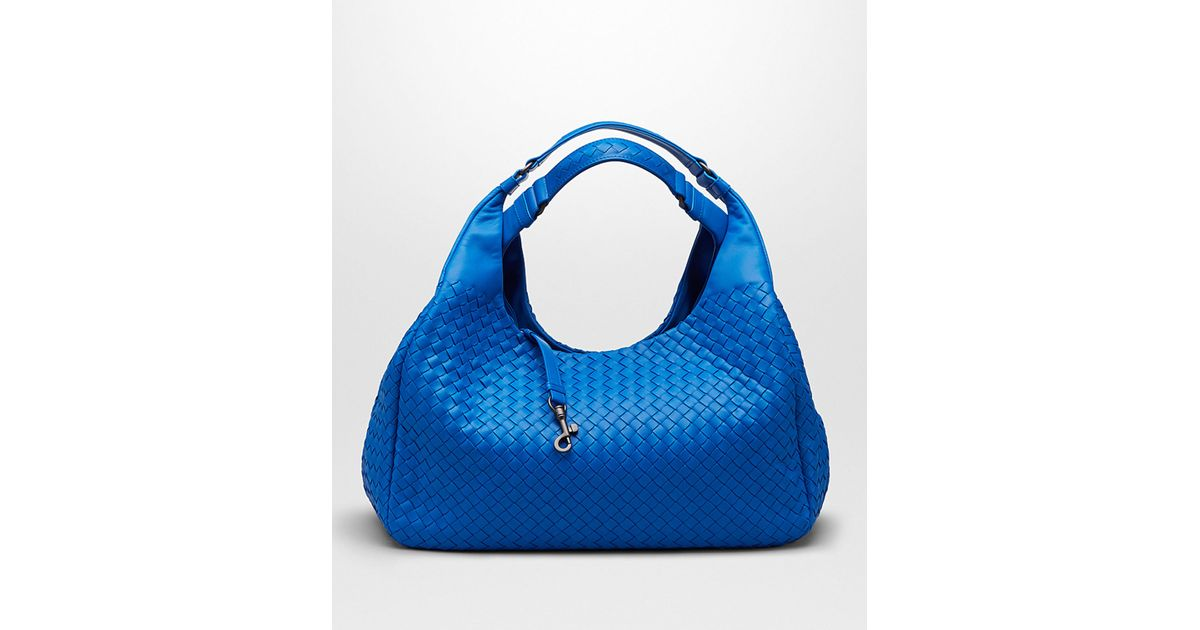 Bottega Veneta Signal Blue Intrecciato Nappa Campana Bag in Blue - Lyst 666b58302f9c7