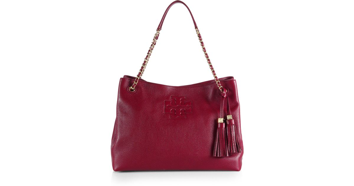 0e2b630c4eb Lyst - Tory Burch Thea Chain Slouchy Shoulder Tote in Red