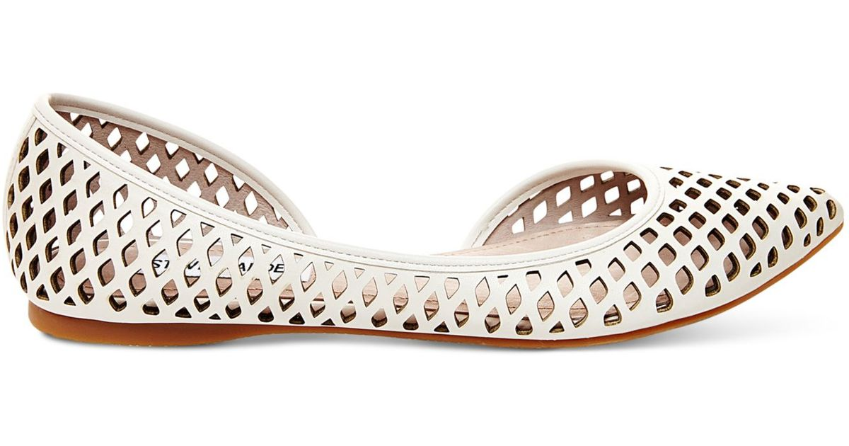 6ced6a800b89 Steve Madden Women s Elaine Pointed-toe Flats in White - Lyst