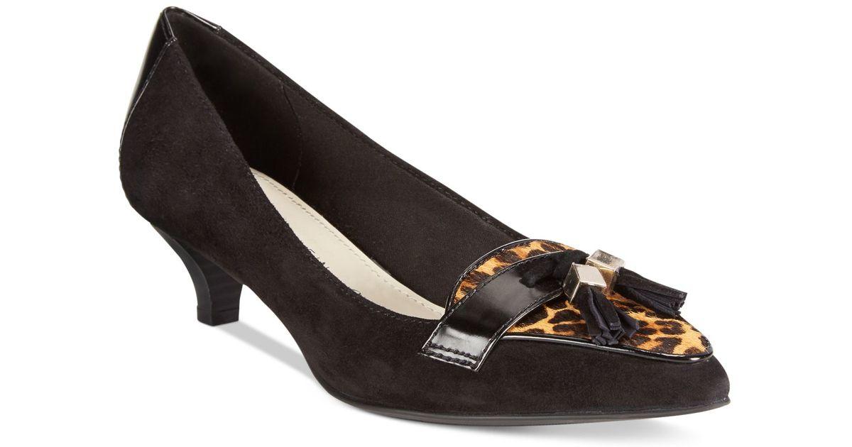 e81fcc65c670 Lyst Anne Klein Miguela Kitten Heel Pumps In Black