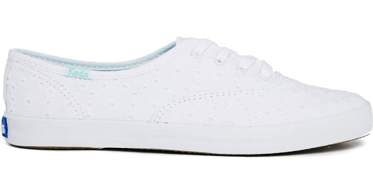 e6090e7d6211 Lyst - Keds Champion Eyelet White Embroidered Plimsoll Trainers in White