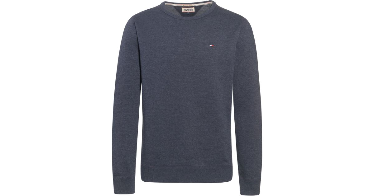 The front center seam gives this long sleeve crew neck top enough detail to take it from basic to a styled staple. From Denim & Co.(R) Fashions.