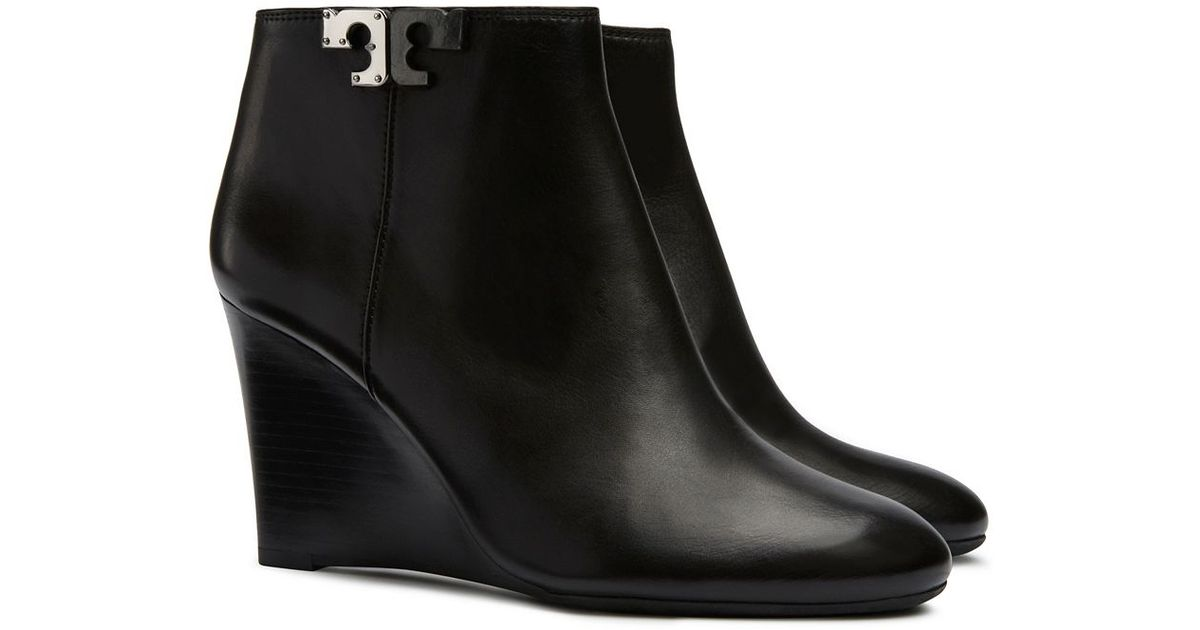ba16f24956e9 Tory Burch - Black Lowell Leather Wedge Booties - Lyst