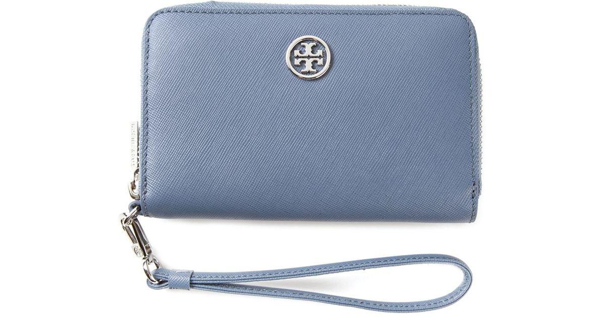 098f4cbcb445 Lyst - Tory Burch  Robinson  Smartphone Wristlet in Blue