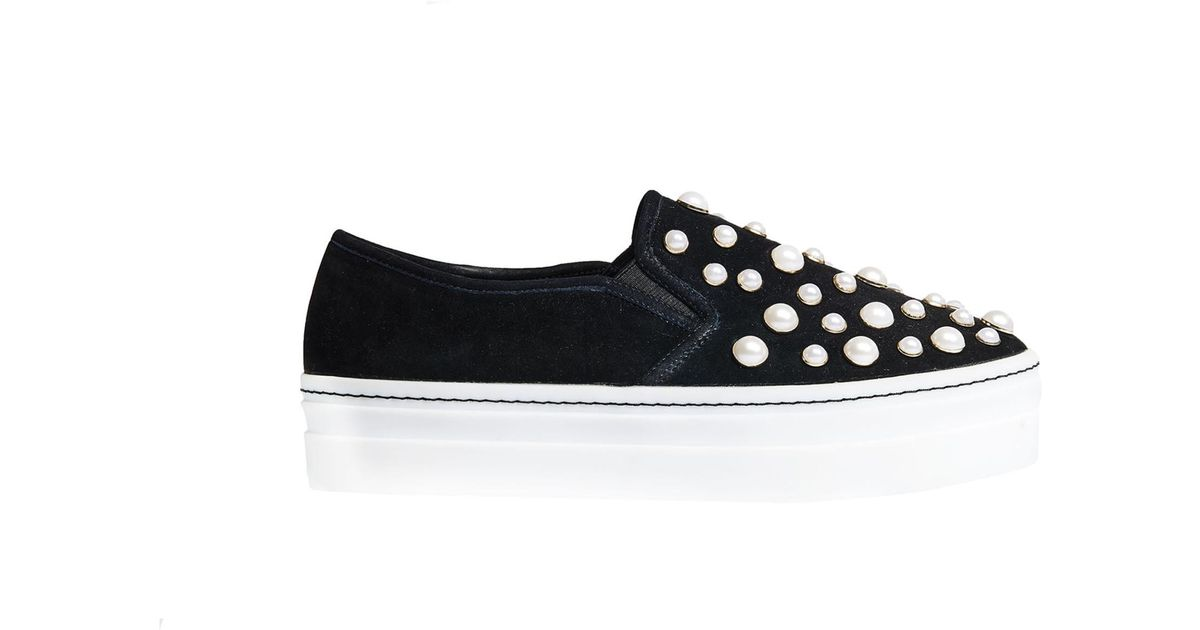 c5eab3d538e3 Lyst - Alice + Olivia Sasha Pearls Slip On Sneaker in Black
