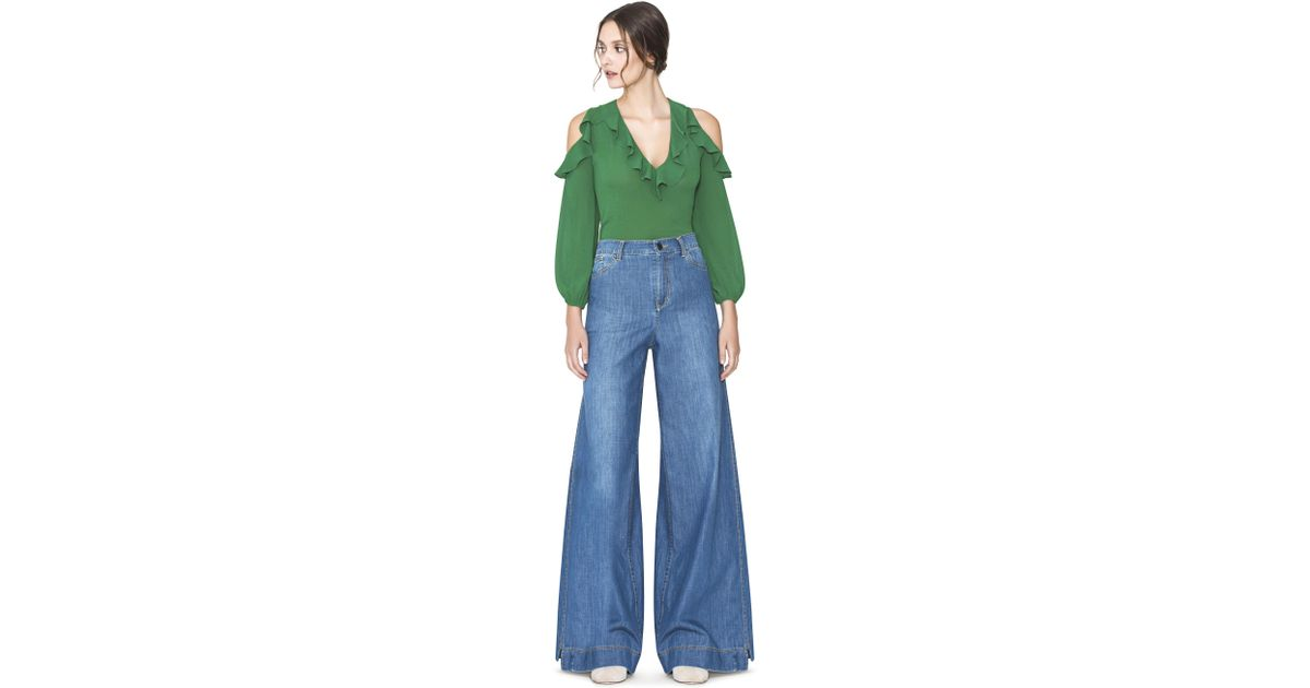 199afac2a59 Alice + Olivia Ivy Gia Ruffle Cold Shoulder Blouse in Green - Lyst