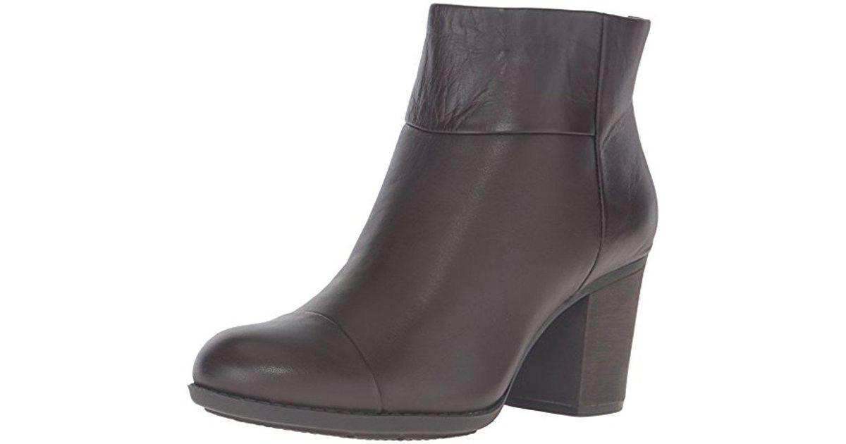 Por precio barato Clarks Enfield Tess Boot Costo de venta barato Con Paypal en venta 65UuR
