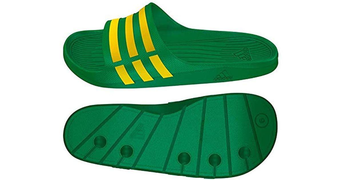 innovative design 5d43c afc89 adidas Duramo Slide, Unisex Adults Beach  Pool Shoes in Gree