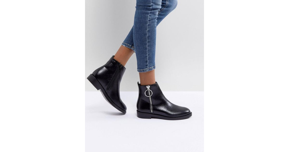 e1e9cd2561e3 Pimkie Buckle Detail Flat Chelsea Boots in Black - Lyst