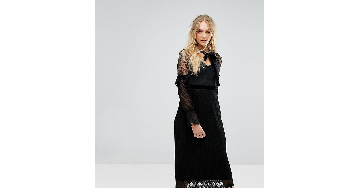 Lyst Tfnc London High Neck Pleated Lace Midi Dress With Long