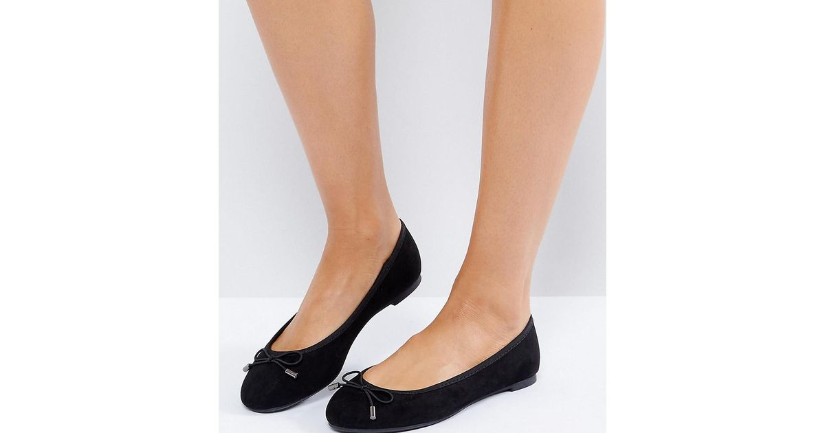 3eec6e477ed New Look Suedette Bow Ballet Pump in Black - Lyst
