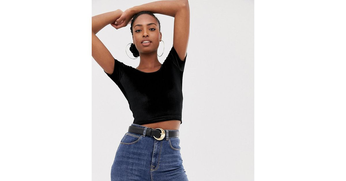 1411ed40fc5 Collusion Tall Scoop Neck Crop Top In Velvet in Black - Lyst