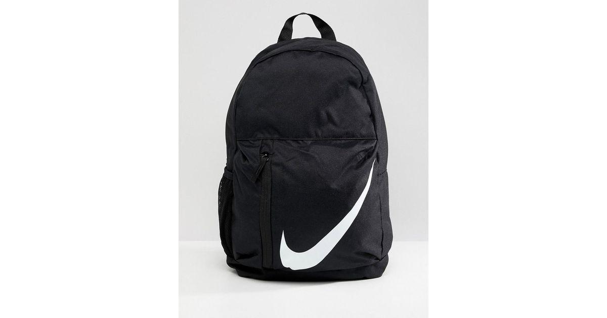 Grande Logo La En Negro Mochila Color De Con Nike Marca Lyst gtwqa