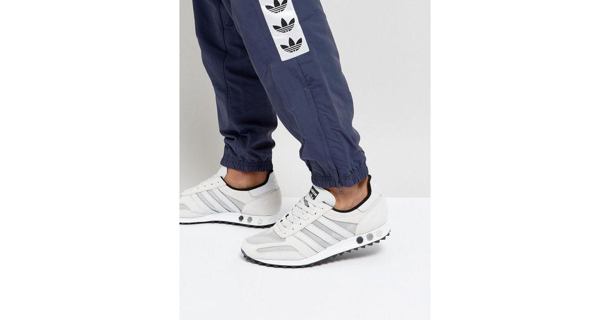 LA Trainers In Grey BY9327 - Grey adidas Originals du2GR7X