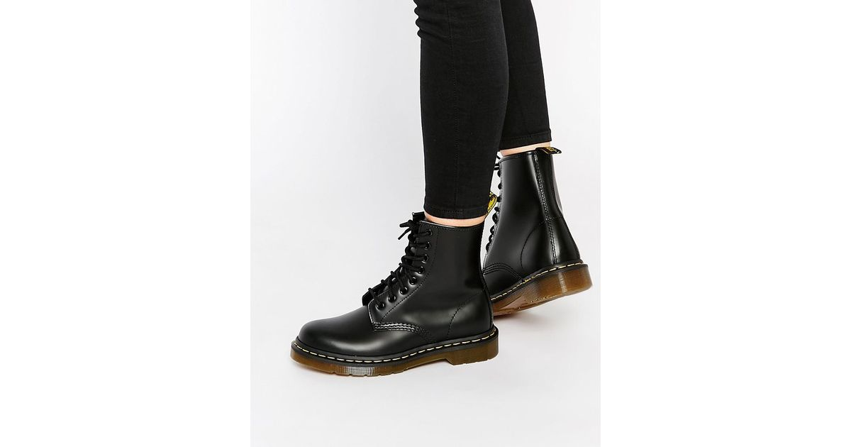 2ebbff7d598 Dr. Martens Modern Classics Smooth 1460 8-eye Boots in Black - Lyst