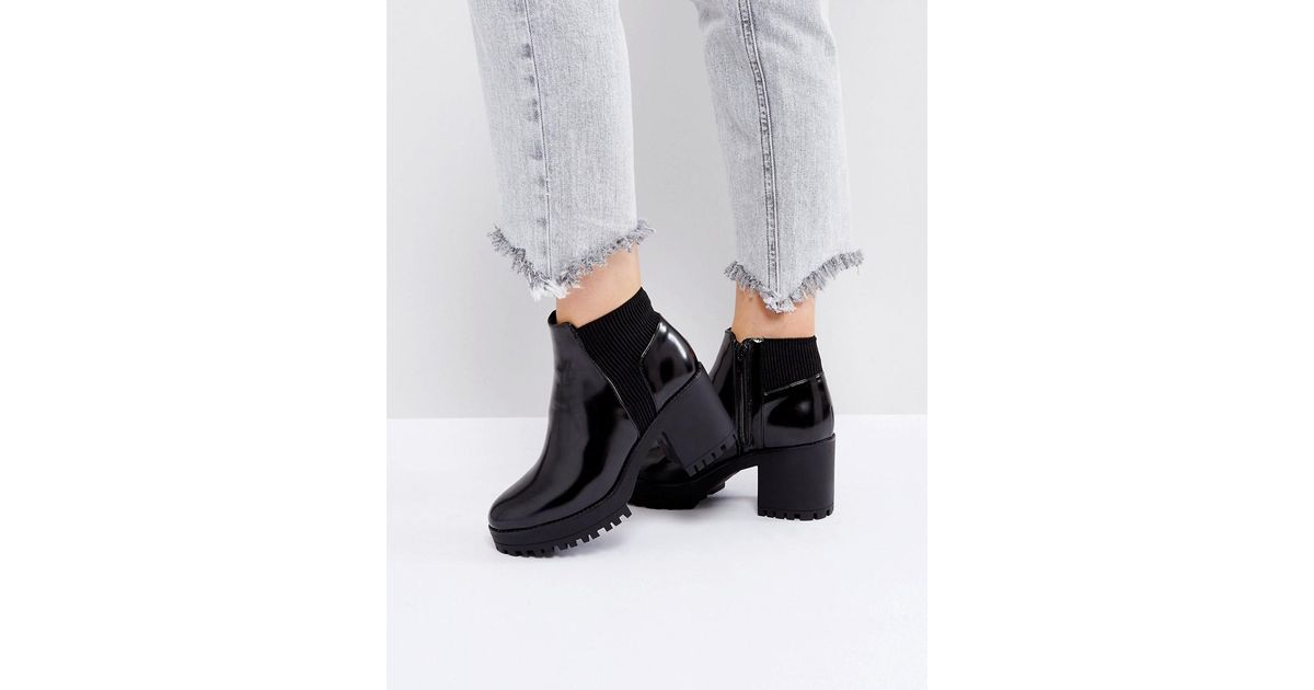 37bb7ca2822e Lyst - Truffle Collection Elastic Heel Chelsea Boot in Black
