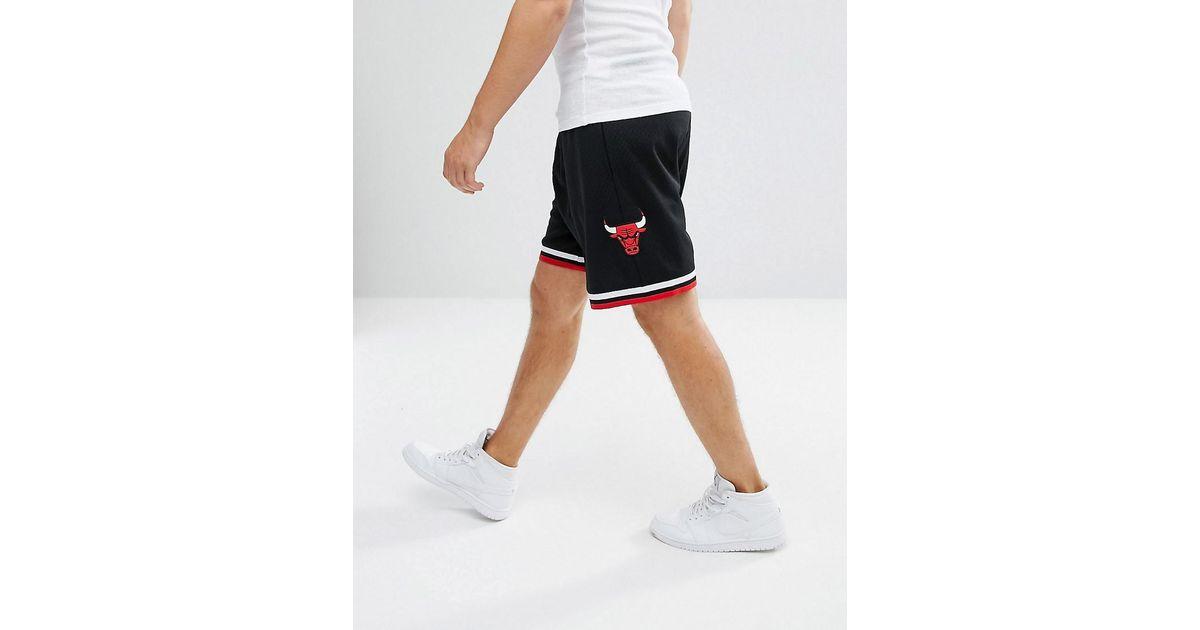 45030bd5d17168 Mitchell   Ness Nba Chicago Bulls Swingman Shorts in Black for Men - Lyst