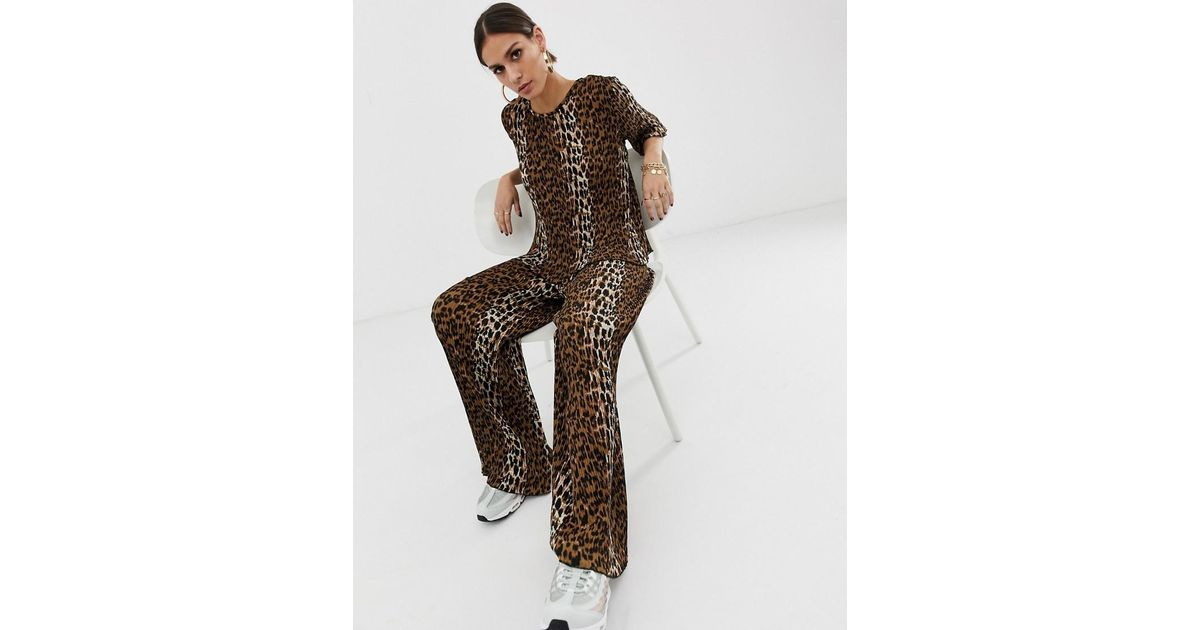 a8072dfa3237 Lyst - NA-KD Plisse Pants With Leopard Print In Brown Co-ord in Brown