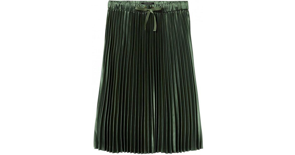 18f4b1b44 Lyst - Maison Scotch Shiny Pleated Skirt Green in Green