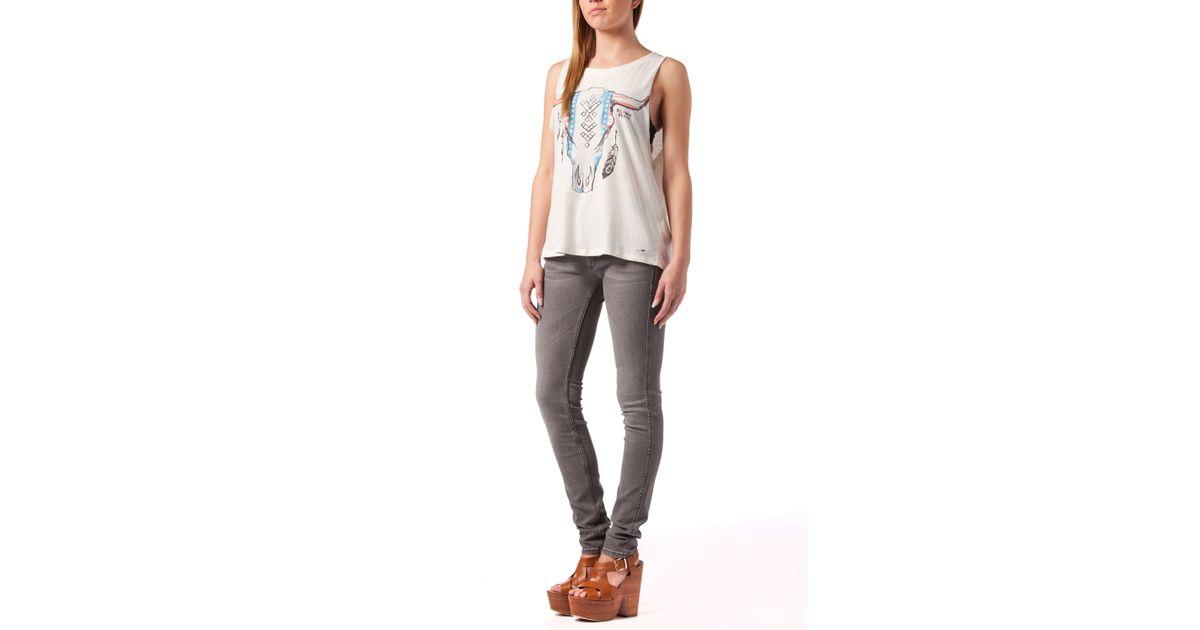 tommy hilfiger sophie skinny jeans in gray grey lyst. Black Bedroom Furniture Sets. Home Design Ideas