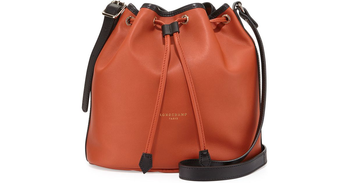 f14038f2cd9 Lyst - Longchamp 2.0 Small Leather Bucket Bag in Black